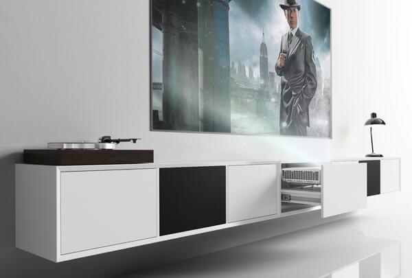 Nu kan du få de helt store film eller sport oplevelser hjem i stuen!